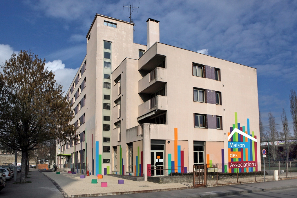 Read more about the article COMPTOIR D'ECHANGE – Maison des Associations